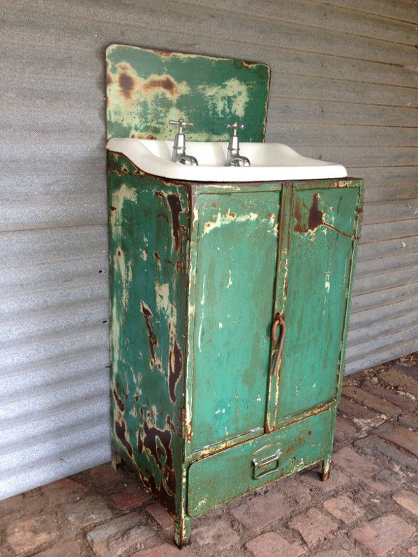Industrial steel vanity unit with retro basin